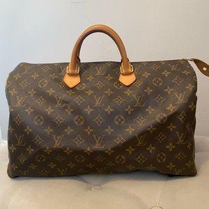 100 %,Authentic Louis Vuitton Speedy 40